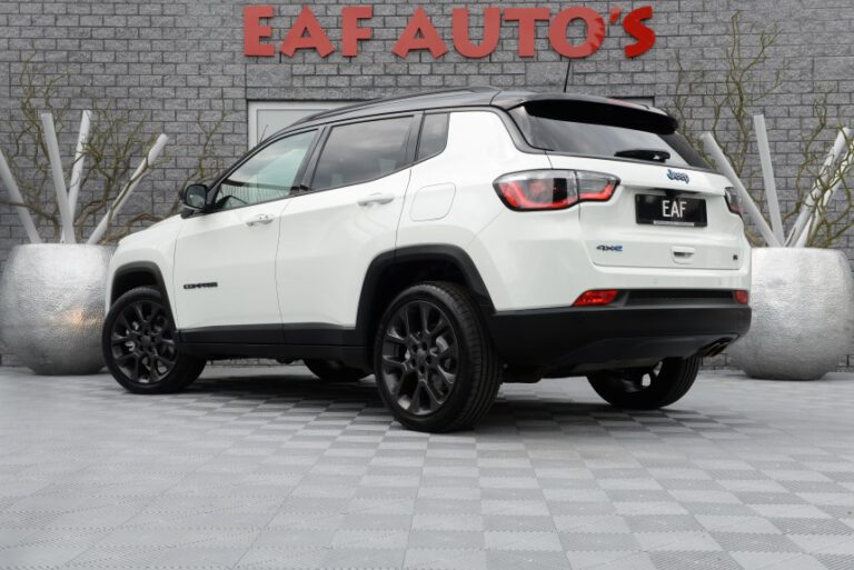 JEEP Compass 4xe 240 Plug-in Hybrid Automaat